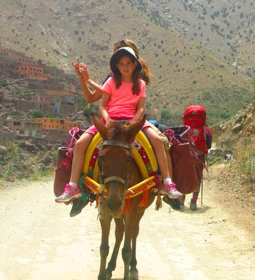 http://moroccoholidaysadventure.com/photos/trekking-and-walking-holidays-in-morocco/trek-3days-family-trek-to-atlas-mountain-from-marrakech.jpg
